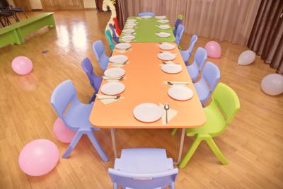 お別れ会 保育園 テーブル 装飾 おしゃれ